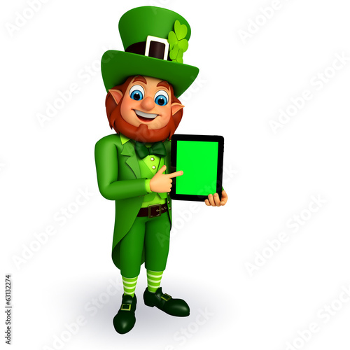 leprechaun for patrick's day with Tab