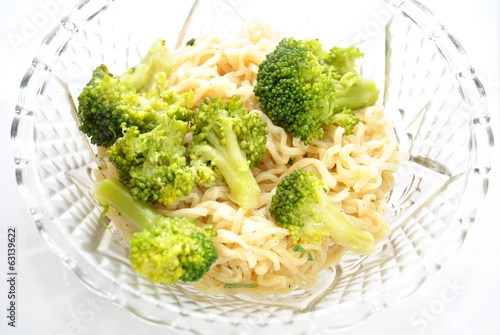 Vegetarian Ramen Noodle Dinner with Broccoli