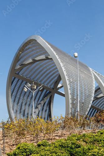 metallic spiral bridge