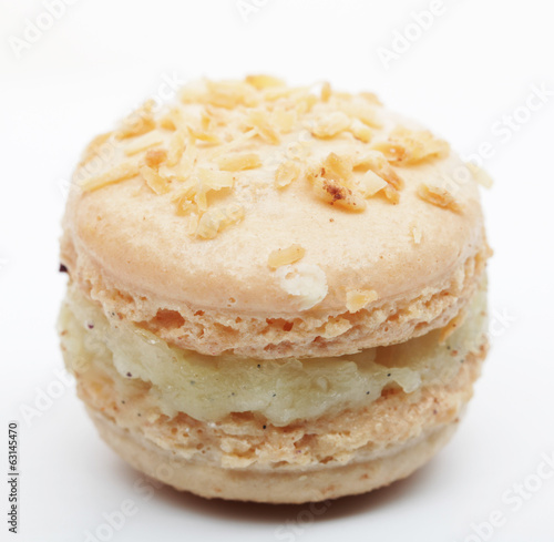 Vanilla macaroon isolated on white