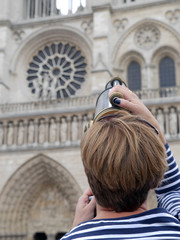 Zooming on Notre Dame Cathedral