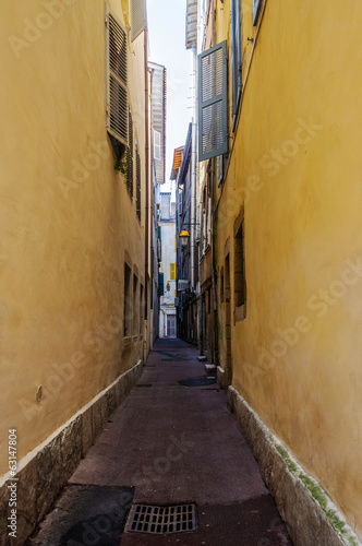 Narrow street in Bayonne