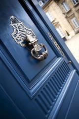 Porte d'un hôtel particulier à Bordeaux