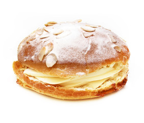 Tropézienne (Tarte tropézienne) - French pastrie