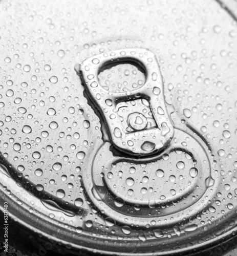 Aluminum can with water drops