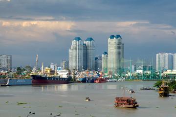 les quais à Saigon