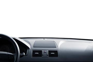 cruscotto auto in fondo bianco