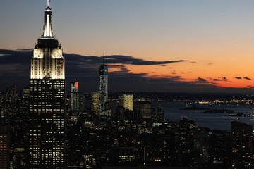 Vue aérienne de New York de nuit