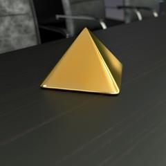 golden pyramide