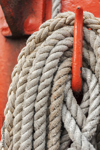 Ropes and mast details of a sailing boat