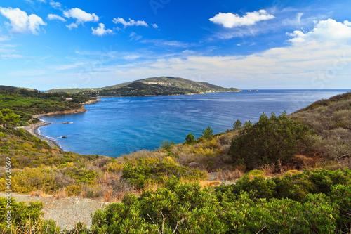 Fotobehang Purper Elba island - Lacona bay
