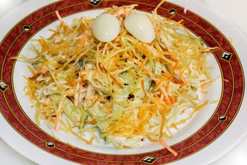 vegetable salad with quail eggs
