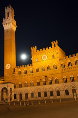 Siena Full Moon