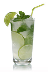 Mojito Cocktail isoliert