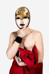 La femme au masque de Venise
