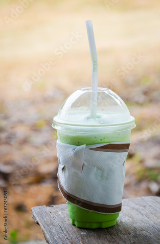 milk green tea smoothie