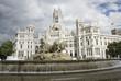 Leinwanddruck Bild - Madrid city hall and fountain