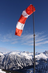 Windsack in den Alpen