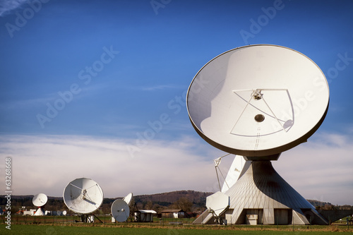 satellite dish - radio telescope