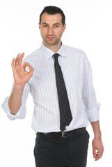 Uomo d'affari che fa ok con la mano