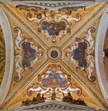 Venise - dôme de la basilique Saint-Jean et l'église Paul.