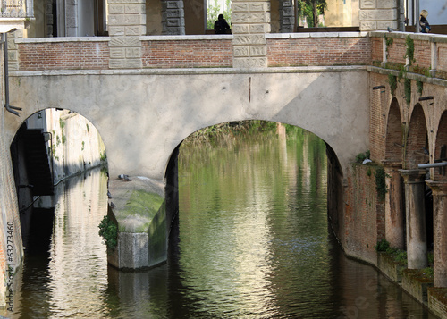 water channel of Mantua via Pescheria ancient means of communica