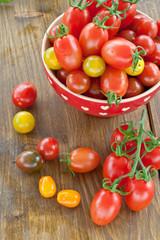 Verschiedene frische Tomaten