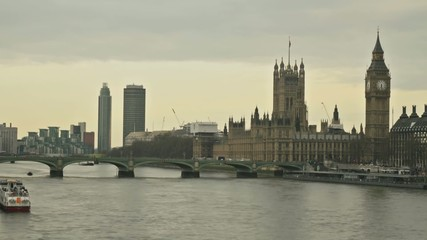 Timelapse of River Thames with boats and Big Ben