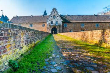 zum Torhaus Schloss Hülchrath