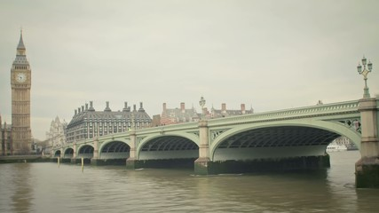 Timelapse of Westminster bridge with Big Ben