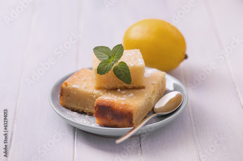Sliced lemon cake