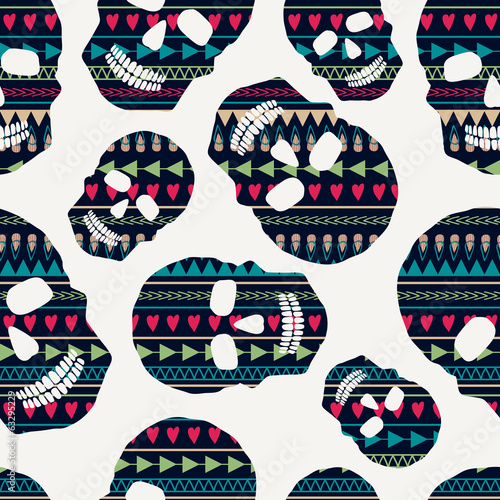Vector seamless pattern with skulls