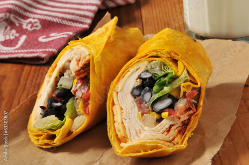 Southwestern chipotle chicken wrap sandwich