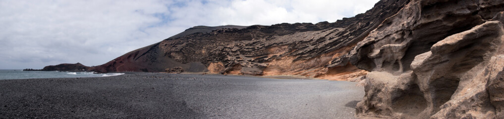 panoramic view of charco de los clicos, el golfo, lanzarote, can
