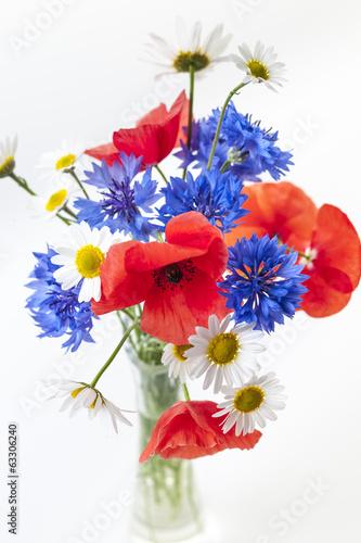 In de dag Poppy Wildflower bouquet