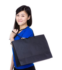 Asia woman with shopping bag