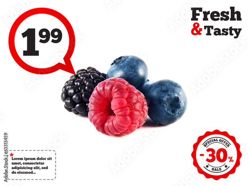 Fresh blueberries, raspberry and blackberry