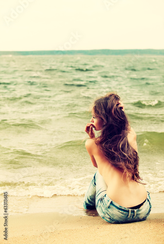 canvas print picture topless girl on beach