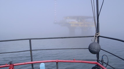 Vessel moving to offshore gas platform