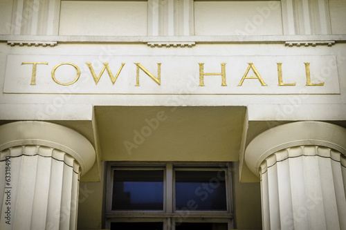 Town hall - 63318490