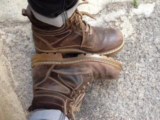 scarponi di cuoio