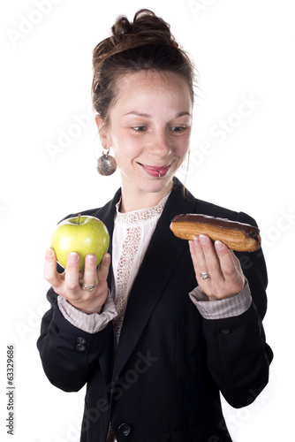 difficult choice between cake and apple
