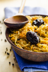 braised cabbage with prunes