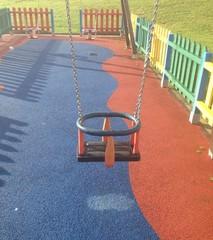 Columpio en un parque infantil