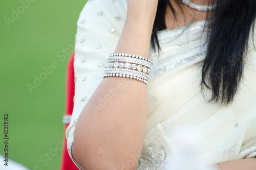 saree, bangles, bride, wedding , Rajasthan, India