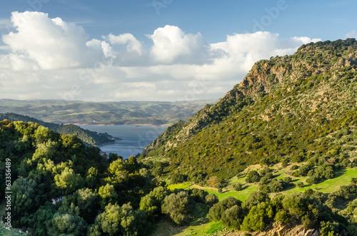 Sardegna, panorama sul Lago Mulargia