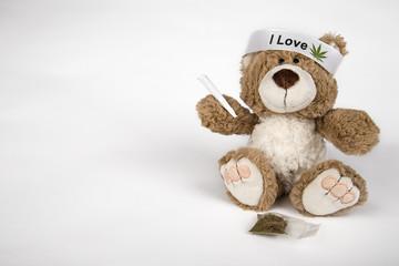 Teddy mit Joint
