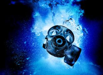 gas mask underwater