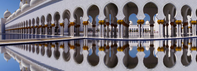 Sheikh Zayed mosque in Abu Dhabi, United Arab Emirates,