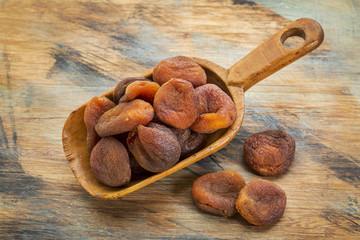 sun dried Turkish apricots